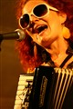 100 Flies singer at Demandice D-Jazz festival