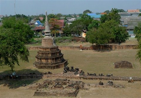 Chedi and Broken Buddhas