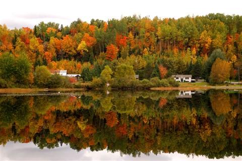 Sur-le-bord-du-Lac-Mégantic-Piopolis-Québec