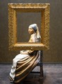 Girl with pearl earring sculpture