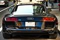 Audi-R8 V
