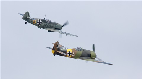 Messerschmitt Bf 109 E-3 (top) with Focke-Wulf FW190A-5