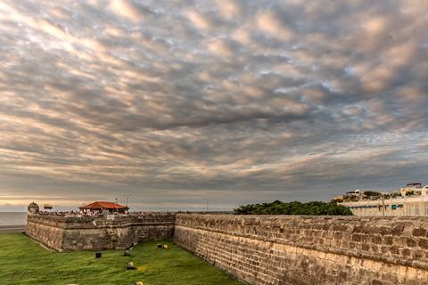 nubes-entre-murallas