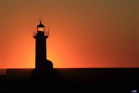 Sun vs Lighthouse
