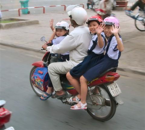 Saigon School Bus