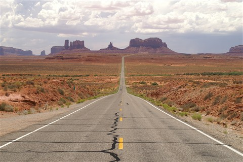 Monument Valley, most photographed road From here to eternity 6618