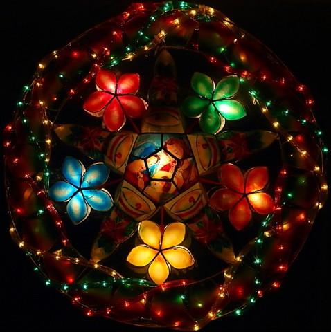 Parol-The_Philippine_Christmas_Star