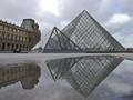 Le Louvre Museum, Paris