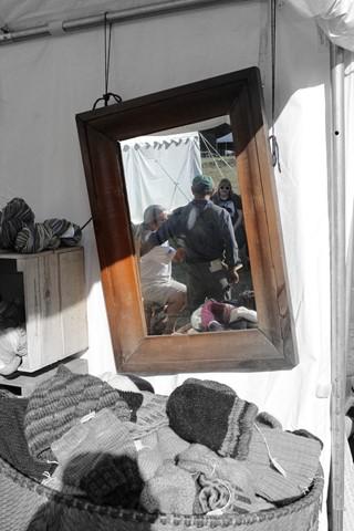 mirror b+w