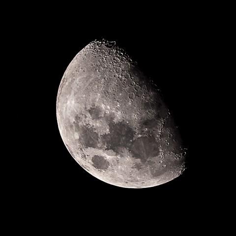 Moon 1000