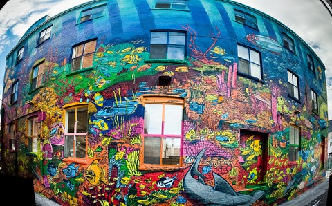 graffiti_alley_wall_pano