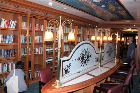 Library on board the Ruby Princess (1 of 1)