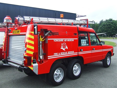 Range Rover TACR2 Rapid Intervention fire engine