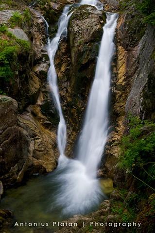 Lolaia Waterfall
