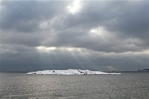 A small islet close to Hanko harbor after some snowfall