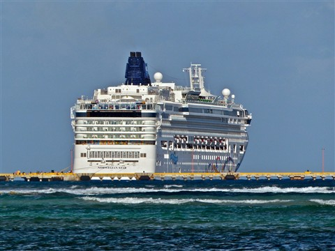 Cruise Ship at Mahahual 106