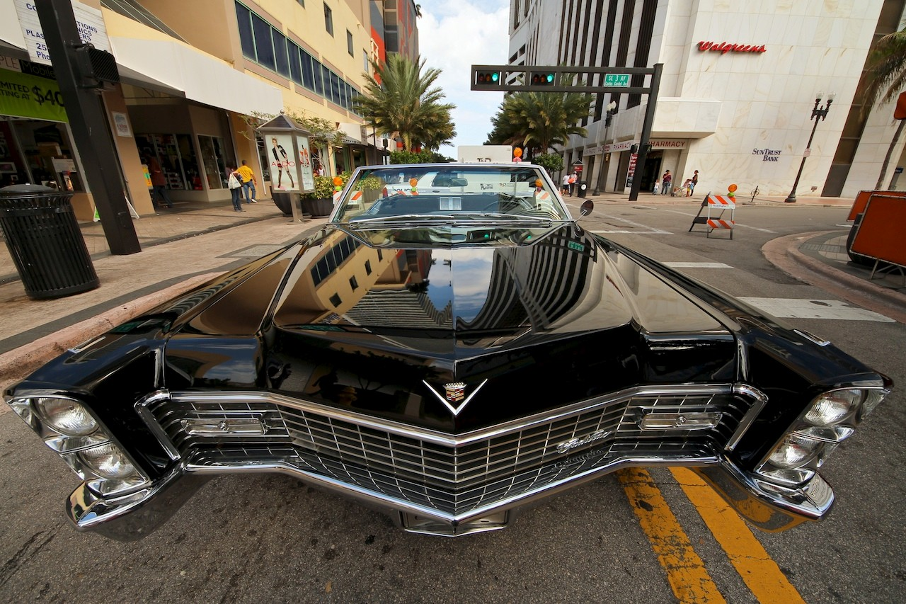 Downtown Miami Classic Car Show 1: globalphilip: Galleries: Digital ...