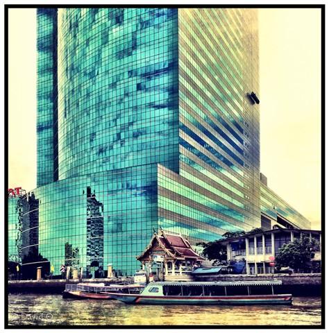 Bangkok - Juxtaposition
