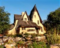 Witch's House, Beverly Hills