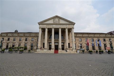 Kurhaus Wiesbaden front