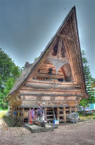 rumah sigalegale