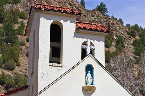 Idaho Springs Church1204_21897