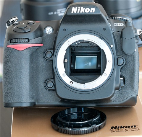 d300s-front-small
