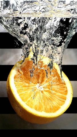 Diving Orange