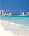 parasailers cancun beach