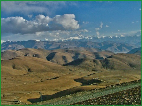 TIBET on the way to Mont Everest