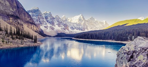 Moraine Lake Pano 2