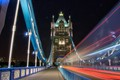LONDON BRIDGE - Moving Lights