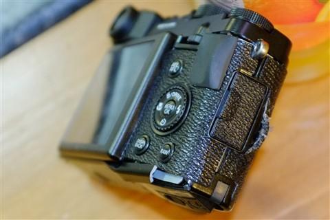 bent camera (3)